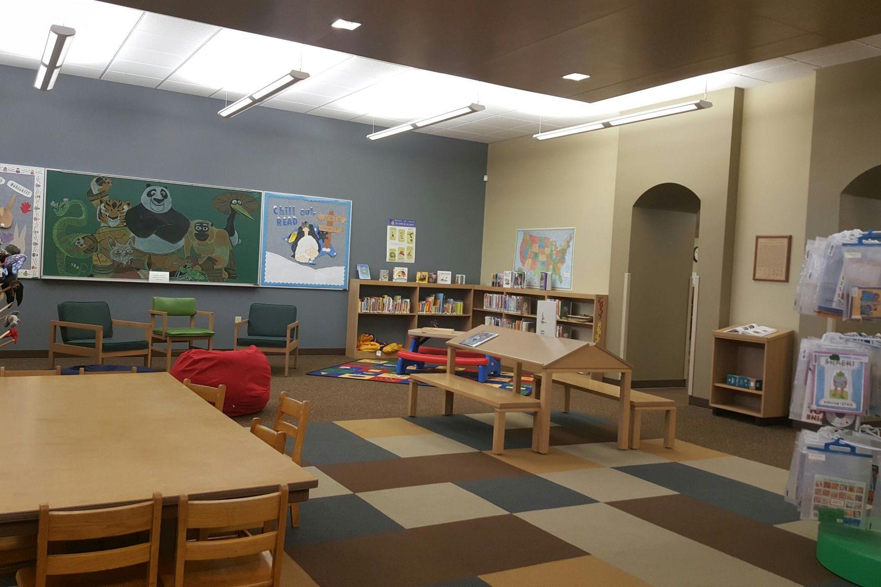 Oakley Library 3